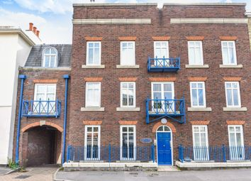 Thumbnail 1 bed flat for sale in Castle Street, Reading