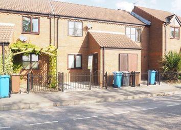 Thumbnail 2 bedroom flat to rent in Wellington Street West, Hull Marina, Hull