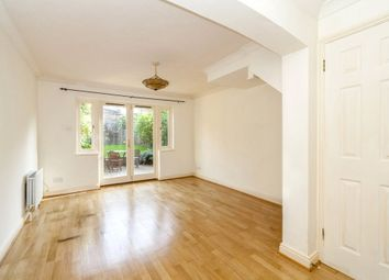 2 bed end terrace house to rent in Transom Square, Canary Wharf, London E14