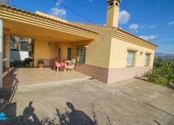 Thumbnail 3 bed villa for sale in Alora, Málaga, Spain
