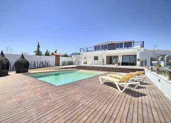 Thumbnail 4 bed villa for sale in Reinoso, Estepona, Costa Del Sol