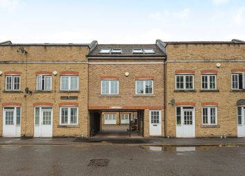 2 bed maisonette for sale in Boone Street, London SE13