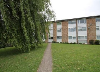 Thumbnail 2 bed flat for sale in Barnetts Shaw, Oxted