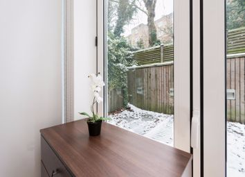 Thumbnail Room to rent in Earls Court Road, Earls Court, Central London