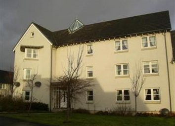 Thumbnail 2 bed flat to rent in Muirhouses Avenue, Bo'ness, Falkirk