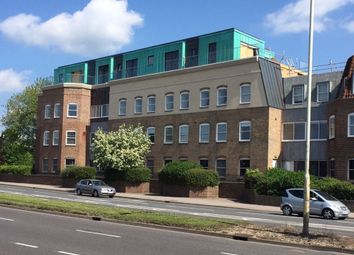 Thumbnail 2 bed flat to rent in New London Road, Chelmsford, Chelmsford
