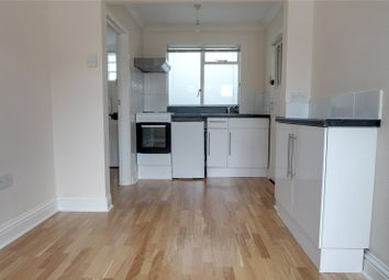 Thumbnail 1 bed flat to rent in Station Road East, Oxted