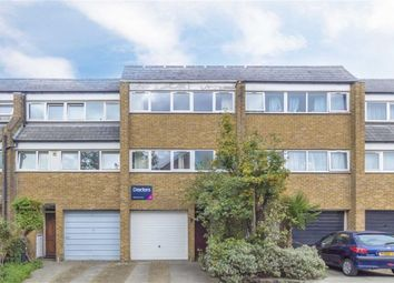 Thumbnail 4 bed property for sale in Fyfield Road, London