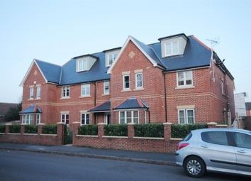 Thumbnail 2 bed flat for sale in Somerset Road, Farnborough