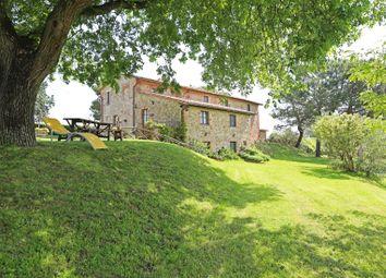 Thumbnail 9 bed farmhouse for sale in Citta' Della Pieve, Città Della Pieve, Perugia, Umbria, Italy