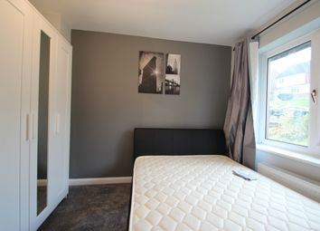 Thumbnail 5 bed shared accommodation to rent in Deeds Grove, High Wycombe