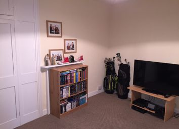 Thumbnail 2 bedroom flat to rent in South Street, Wellington