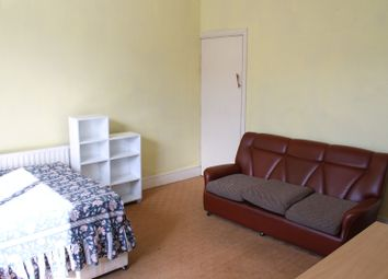 Thumbnail 2 bed flat to rent in Crookes, Sheffield
