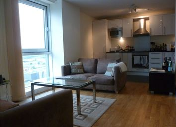 Thumbnail 1 bed flat to rent in Wharfside Point South, 4 Prestons Road, Canary Wharf, London