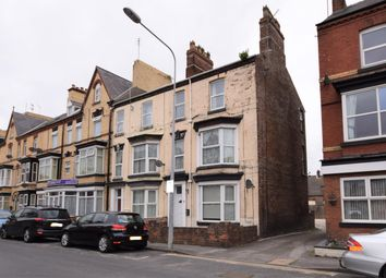 Thumbnail 5 bed end terrace house to rent in Windsor Crescent, Bridlington