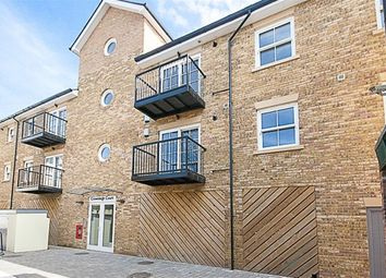Thumbnail 2 bed flat to rent in Ropers Yard, Hart Street, Brentwood