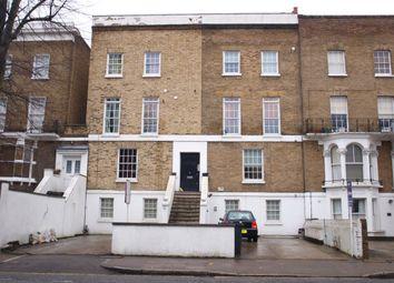 3 bed flat to rent in Hanley Road, Finsbury Park N4