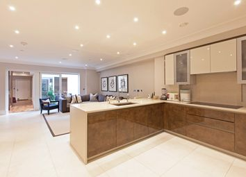 Thumbnail 6 bed end terrace house to rent in Warriner Gardens, London