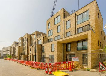 Thumbnail 1 bed flat for sale in Richmond House, Parkside, Bow