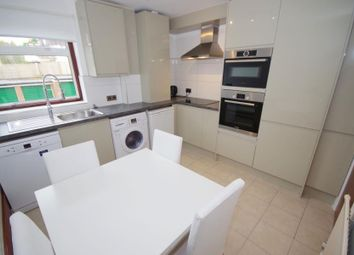 Thumbnail 2 bed flat to rent in Dollis Ave, Finchley