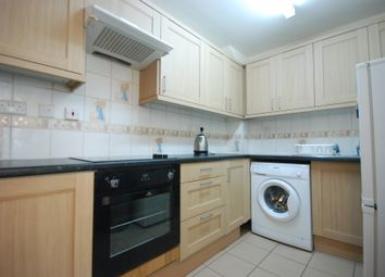 3 bed terraced house to rent in Caledonian Road, London N1