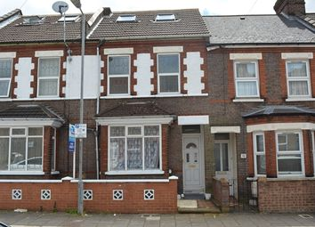 Thumbnail 5 bed terraced house for sale in Curzon Road, Luton
