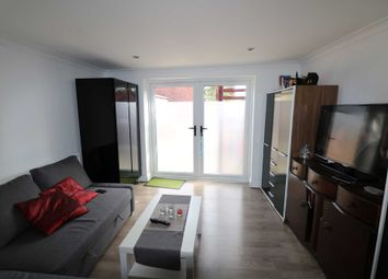 Thumbnail 1 bed semi-detached house to rent in Oxford Road, Reading