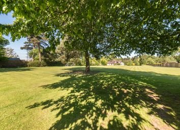 Thumbnail 5 bed detached house for sale in Chalfont Road, Seer Green, Beaconsfield