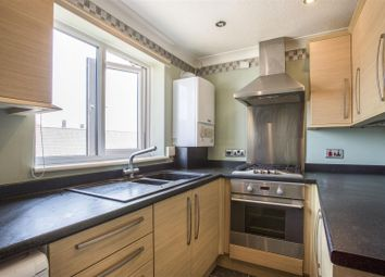 Thumbnail 2 bed flat for sale in Victoria Street, Felixstowe