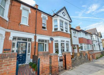 Thumbnail 2 bed flat for sale in Sunningdale Avenue, Leigh-On-Sea, Essex