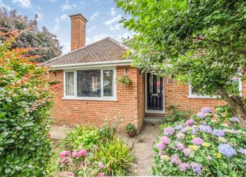 Dickens Close, Langley, Maidstone, Kent ME17. 2 bed bungalow