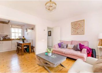 2 bed maisonette to rent in Drummond Street, Euston, London NW1