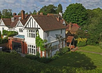 Thumbnail 4 bed link-detached house for sale in Russell Close, Walton On The Hill, Tadworth