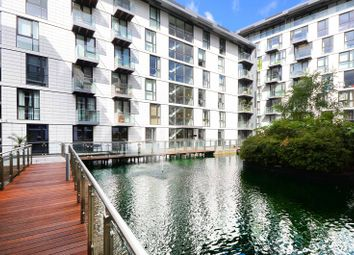 Thumbnail 1 bed flat to rent in Leman Street, Aldgate