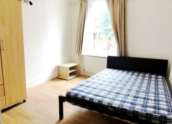 Thumbnail 3 bedroom flat to rent in Hornsey Lane Gardens, London