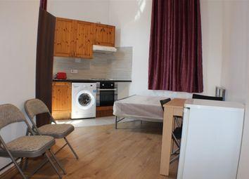 Thumbnail Studio to rent in Malvern Road, Queens Park, London