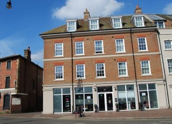 Thumbnail 2 bed flat to rent in High Street, Tonbridge