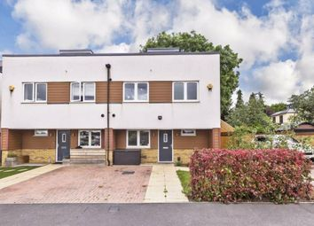 Thumbnail 4 bed town house to rent in Meadowview Road, London