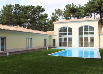 Thumbnail 4 bed detached house for sale in Charneca De Caparica E Sobreda, Charneca De Caparica E Sobreda, Almada