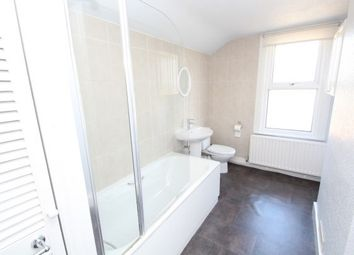 Thumbnail 2 bed property to rent in Oval Road, Croydon