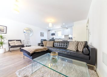 Thumbnail Flat for sale in Blackthorn House, Blondin Way, Surrey Quays, London