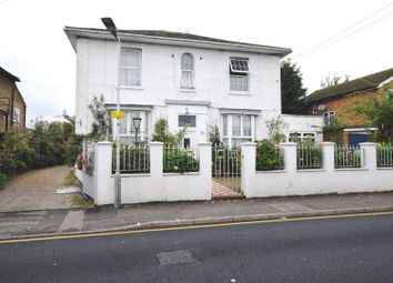 Thumbnail 3 bedroom flat to rent in Cleveland Road, Uxbridge, Middlesex