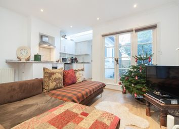 Thumbnail 1 bedroom flat to rent in Kingwood Road, London