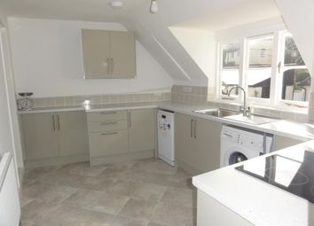 Thumbnail 2 bedroom flat to rent in Kingsclere, Newbury