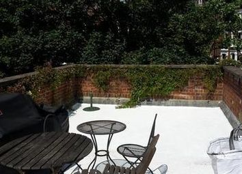 Thumbnail 2 bed flat to rent in Heath Street, London
