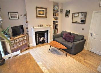 Thumbnail 1 bed flat for sale in 92 Cromwell Road, St Andrews