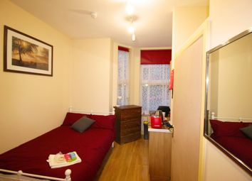 Thumbnail 1 bed flat to rent in Studio 3, Queens Road, City Centre, Coventry