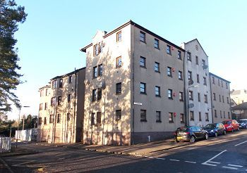 Thumbnail 3 bed flat to rent in Weavers Loan, Dundee