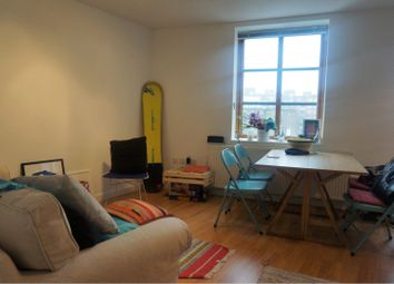 Thumbnail 1 bed flat to rent in Wharf Place, London