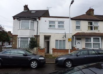 Thumbnail 1 bedroom flat to rent in Wellstead Road, London